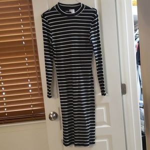 Striped maxidress long sleeve